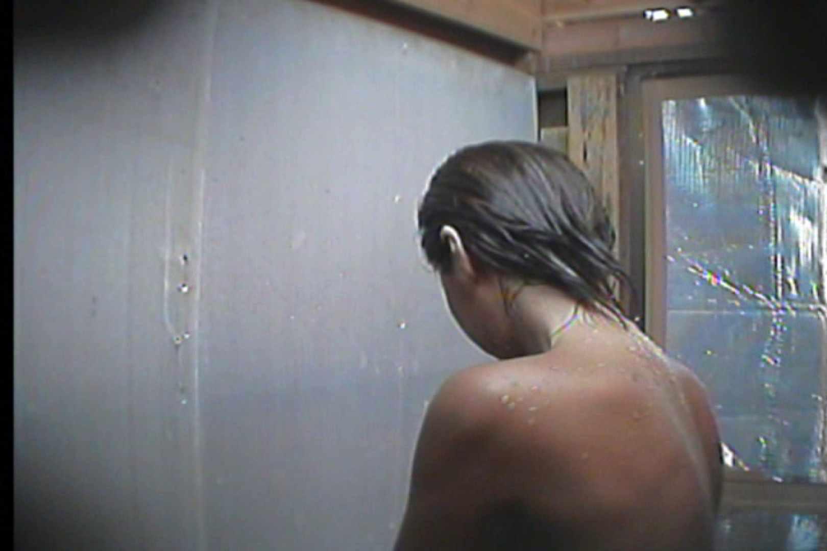 海の家の更衣室 Vol.18 シャワー おまんこ無修正動画無料 99枚