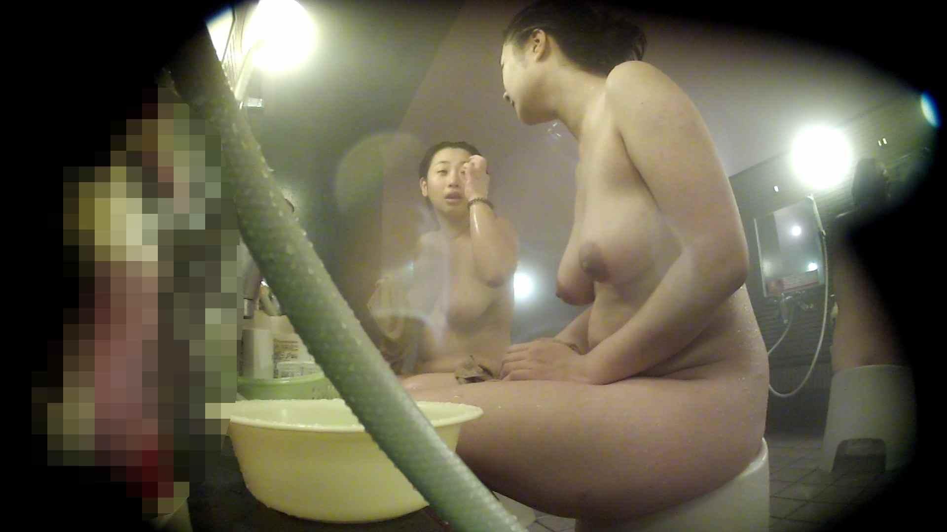 ハイビジョン 洗い場!豊満な乳が大地へと・・・乳輪の大きさは人それぞれ 銭湯覗き 濡れ場動画紹介 62枚