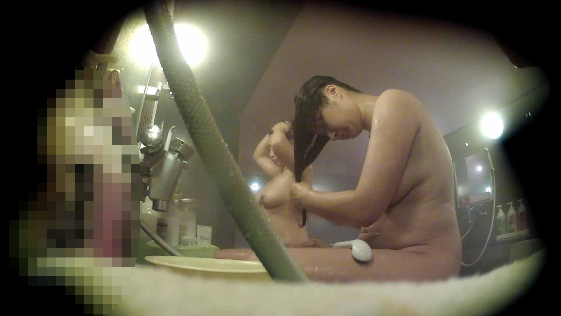 ハイビジョン 洗い場!豊満な乳が大地へと・・・乳輪の大きさは人それぞれ  62枚
