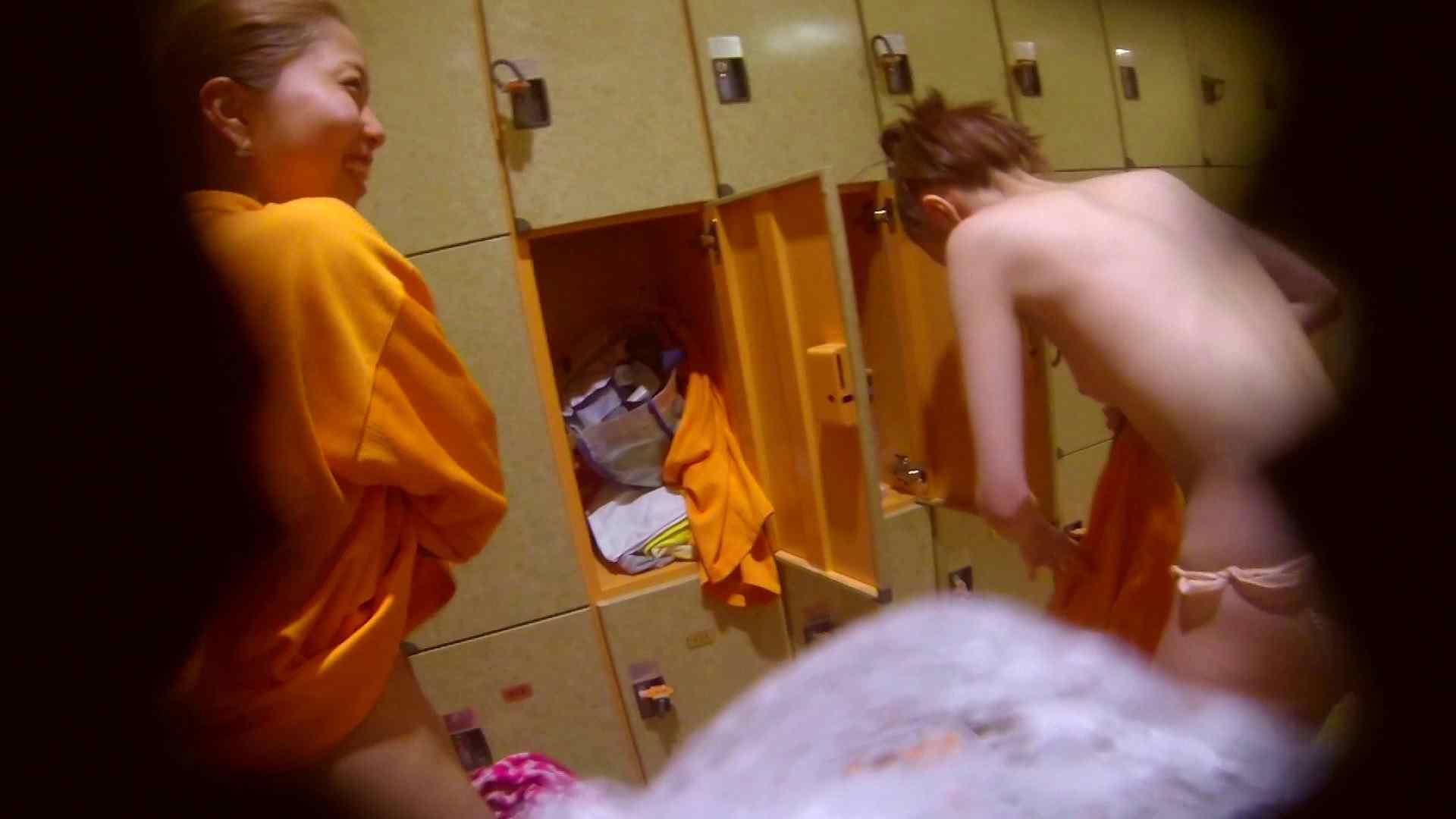 追い撮り!脱衣~洗い場、そして着替え、髪を乾かすまで完全追跡。 潜入 オメコ無修正動画無料 108枚