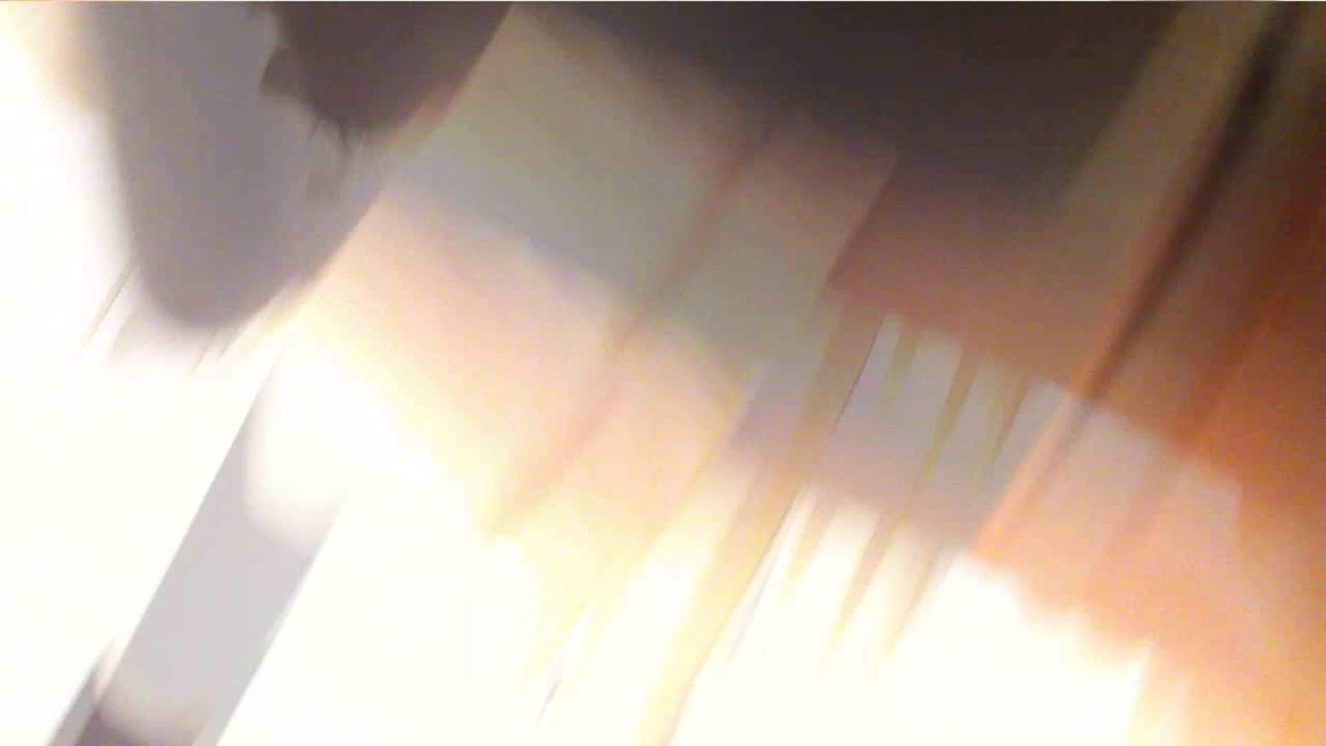 可愛いカリスマ店員限定‼胸チラ&パンチラ vol.26 チラ 盗撮動画紹介 59枚