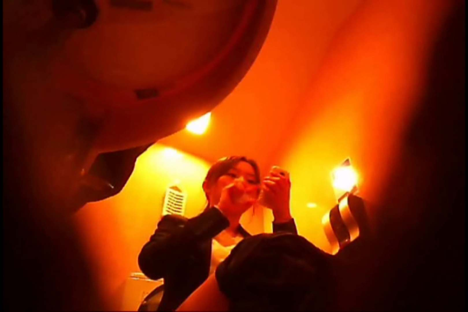 潜入!!女子化粧室盗撮~絶対見られたくない時間~vo,13 エロいお姉さん 女性器鑑賞 69枚