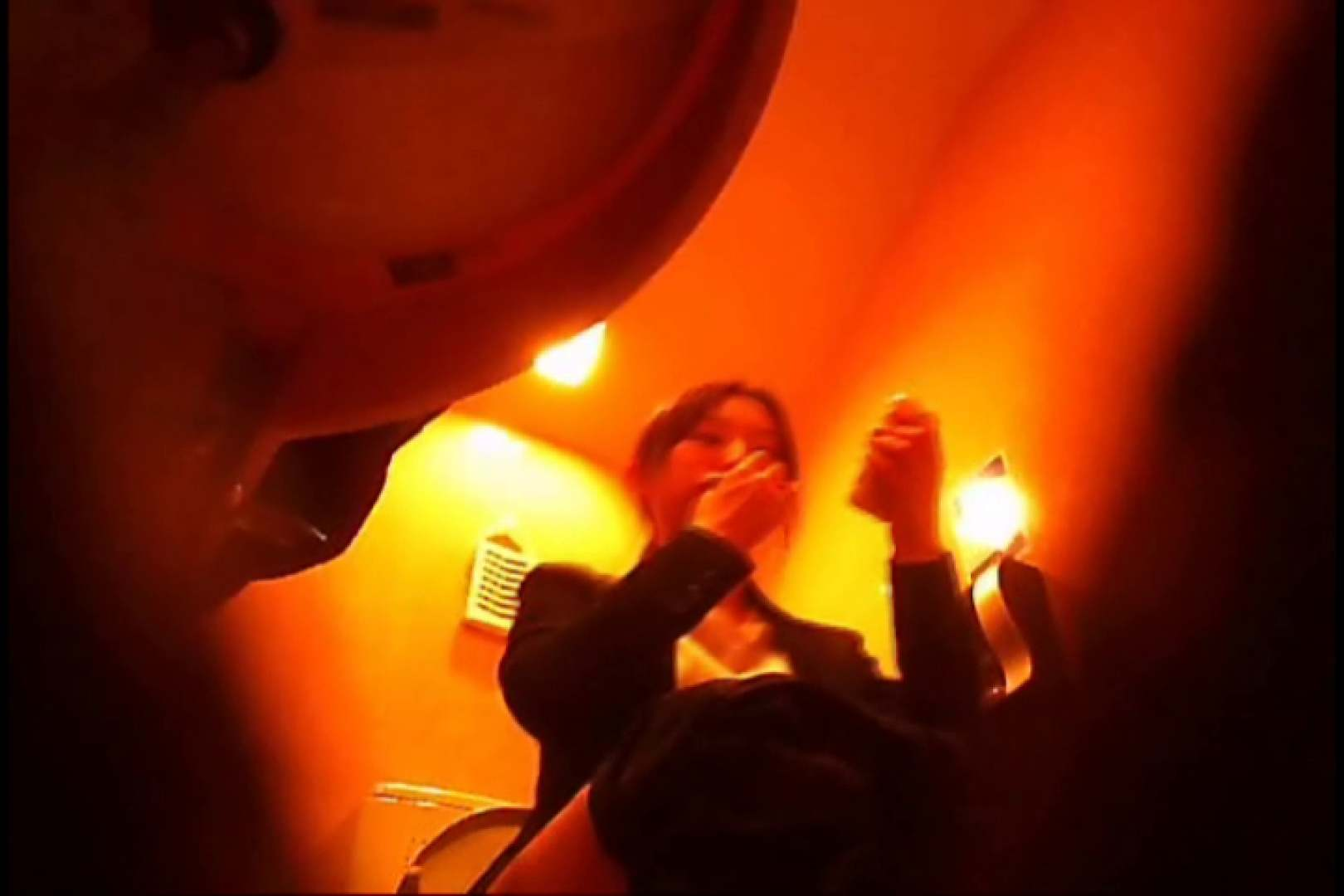 潜入!!女子化粧室盗撮~絶対見られたくない時間~vo,13 エロい熟女 盗み撮り動画 69枚