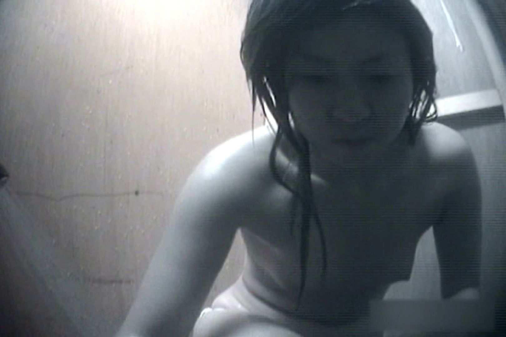 夏海シャワー室!ベトベトお肌をサラサラに!VOL.08 シャワー 盗撮画像 84枚