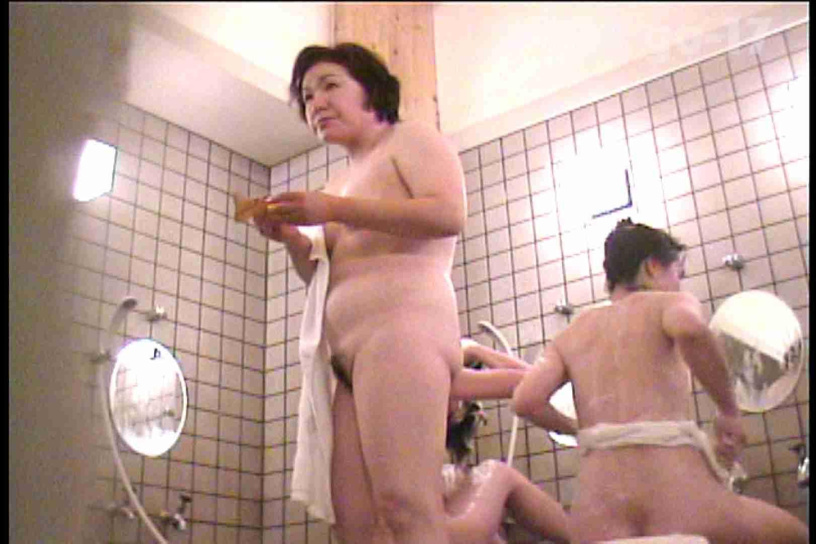 厳選潜入女風呂 No.17 ガールの盗撮 ワレメ無修正動画無料 81枚